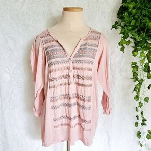THYME and HONEY Embroidered button pink top